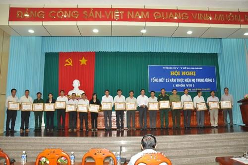 Hội nghị tổng kết 15 năm thực hiện NQTW5 (khóa VIII) tỉnh Tiền Giang