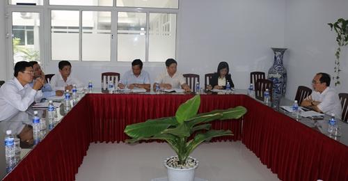 Bàn kế hoạch xây dựng nhà lưu niệm đồng chí Phan Văn Khỏe