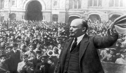 Lê-nin với Cách mạng Tháng Mười Nga. Ảnh tư liệu
