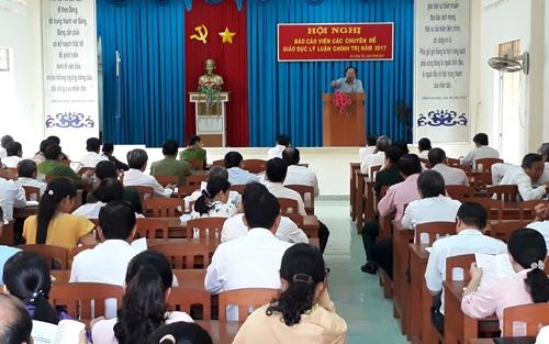 Các đại biểu tham dự tập huấn