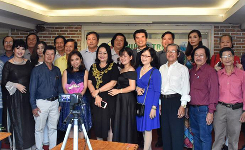 Các ca sĩ, nhạc sĩ tham gia trong chương trình