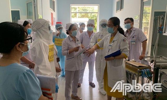 Diễn tập ứng phó dịch nCoV tại Bệnh viện Đa khoa khu vực Cai Lậy